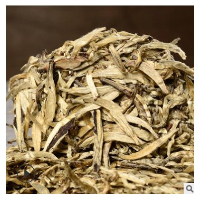2012年白毫银针 月光白银针茶饼 量大价格从优批发
