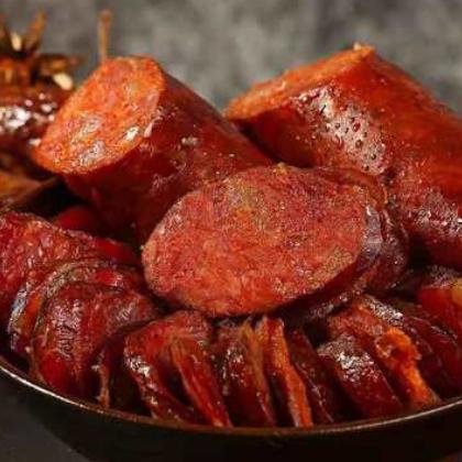 川味麻辣香肠 四川土特产纯肉灌肠腊味腊肠农家烟熏腊肉批发500克