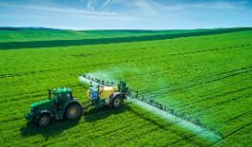 """科技为农业种植插上""""飞翔""""的翅膀 东营牛庄镇这位90后让农活""""飞上天"""""""
