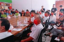 安徽农业大学副教授陈友根到朱集乡开展羊肚菌栽培技术培训活动